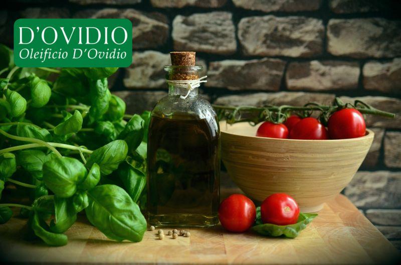 offerta produzione olio extravergine di oliva italiano - occasione vendita on line olio