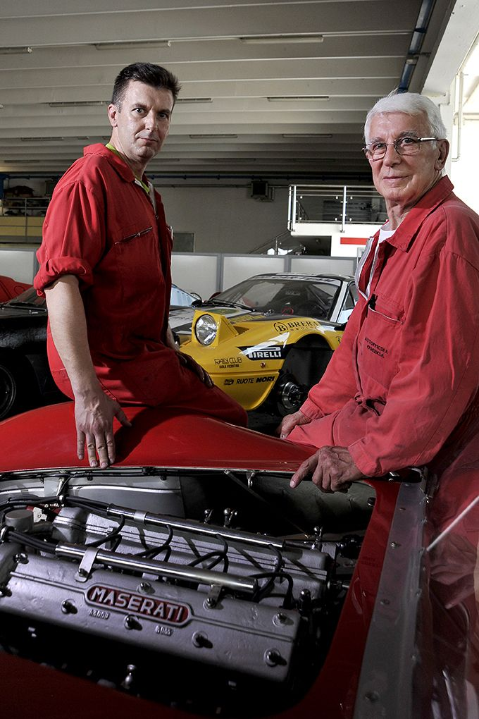 Offer of engines restoring - Occasion of engines preparation in Vicenza Italy - Omega car Italy