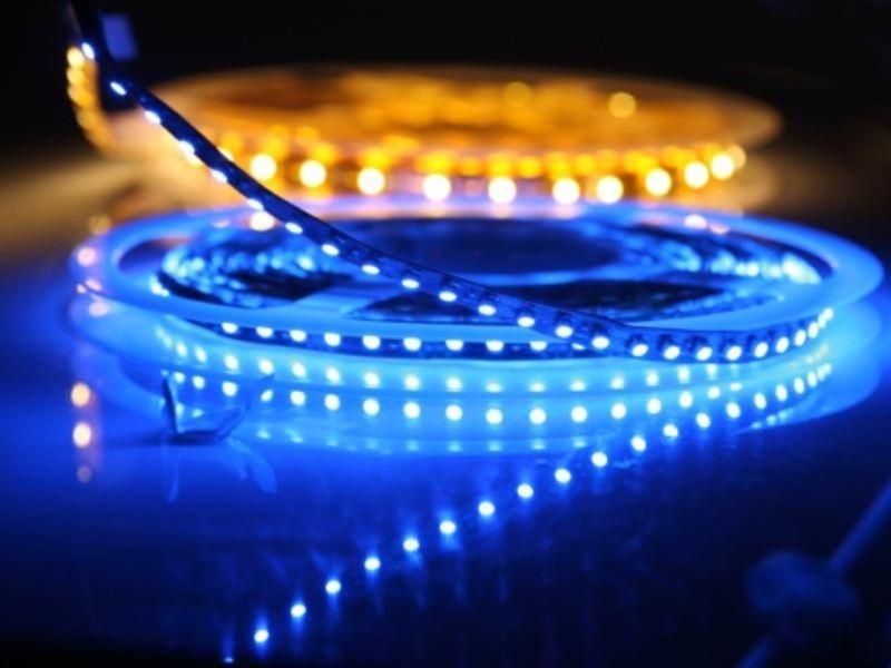 offerta insegne a led brescia-promozione illuminazione led brescia-italneon