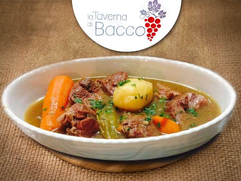 offerta cucina tipica siciliana palazzolo - promozione piatti locali tipici - taverna di bacco