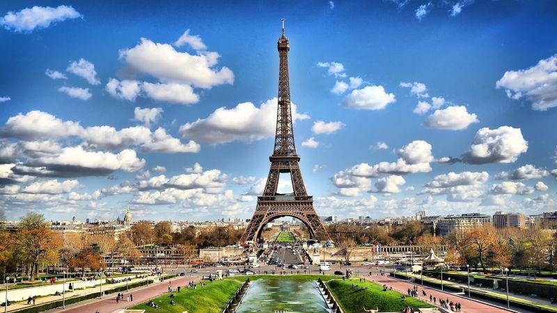 OFFERTA 5 notti a Parigi con volo diretto da Cagliari