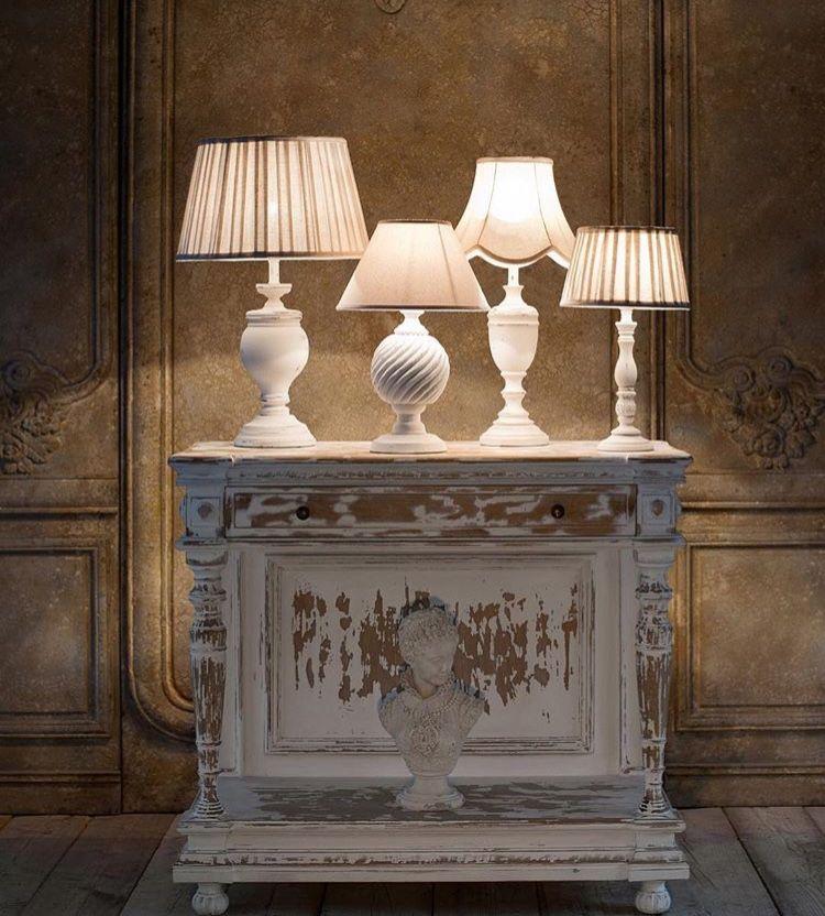 Lampade da tavolo, da tavolino, da comodino in stile Shabby