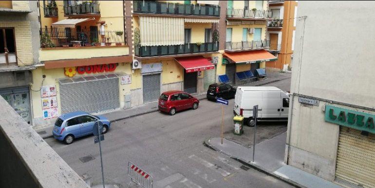 vendita Appartamento da ristrutturare - Via Giordano/ Viale Mellusi - Zona Alta