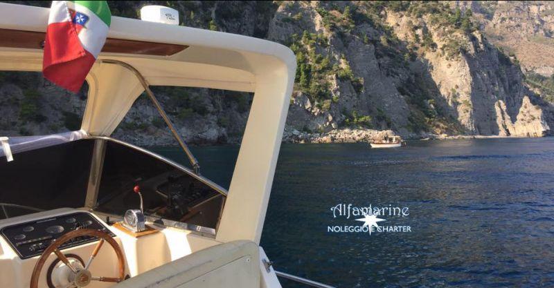 Alfamarine Boat Charter offerta giro in barca - occasione affitto barche Napoli