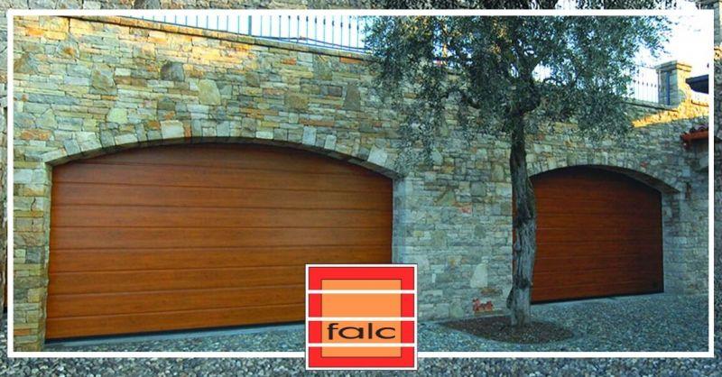 Offerta vendita portoni sezionali da garage - occasione riparazione di porte garage Verona